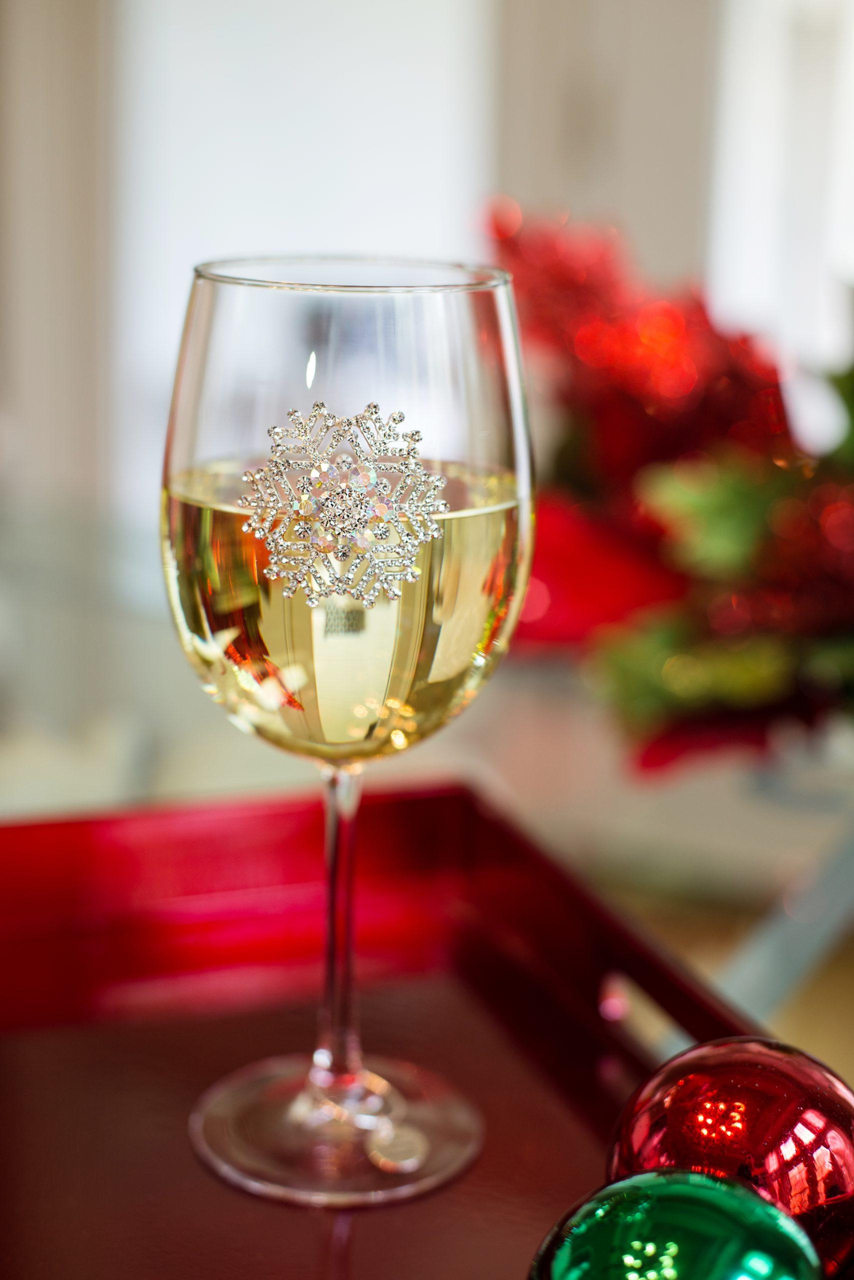 Snowflake Jeweled Wine Glass Stemmed