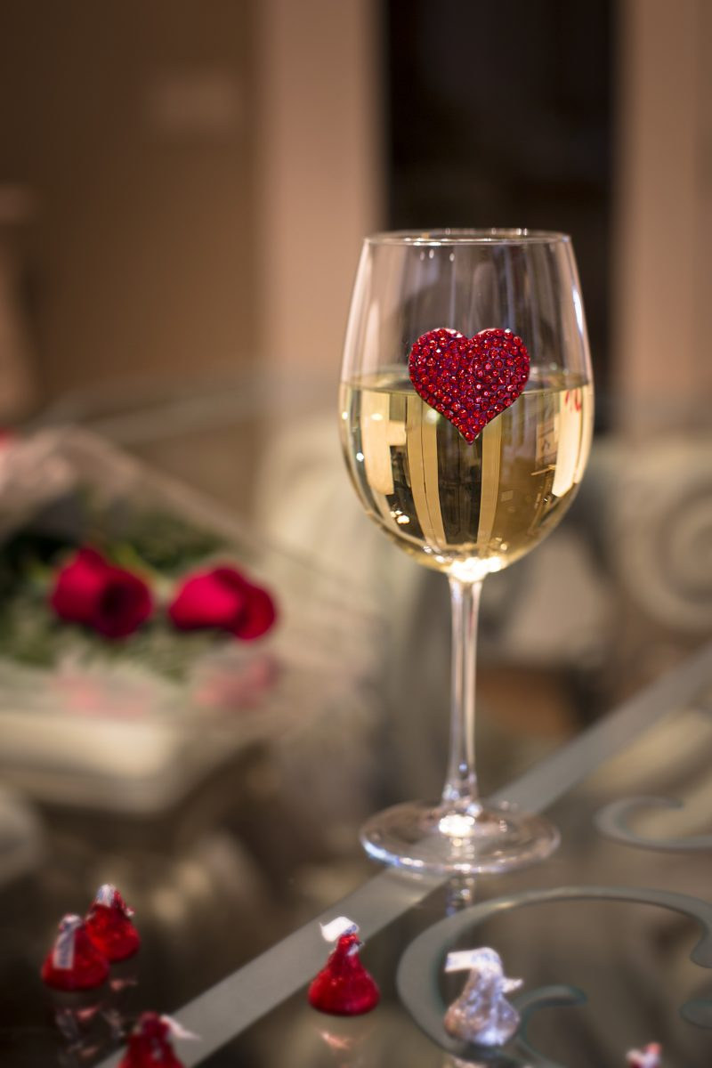 Red Heart Jeweled Wine Glass Stemmed